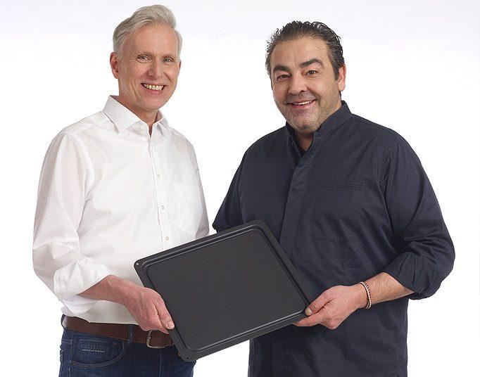 Juan Amdor mit Multibackplatte